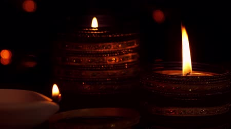 ünnepély : Diya lamps lit on diwali celebration
