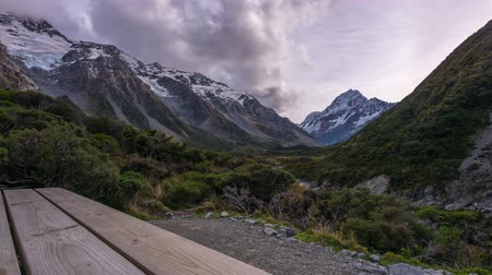 hooker : Clouds time lapse at Mount Cook at Hooker Valley Track