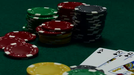 Winning hand on casino table