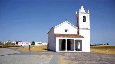 homeopático : Church of Luz village, Portugal.