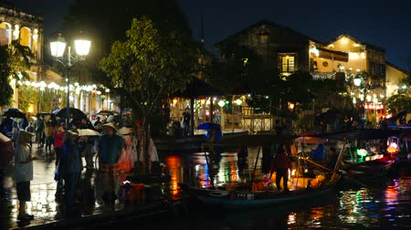 estreito : HOI AN, VIETNAM - DECEMBER 29, 2018: Popular vietnam destination - Hoi An at night - beautifull town with ancient architecture. Hoi An is the Worlds Cultural heritage site.