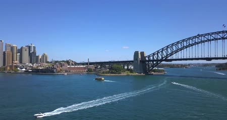 ウェールズ : Aerial panoramic view of the Sydney opera house by the Harbour bridge. April 10, 2017. Sydney, Australia.