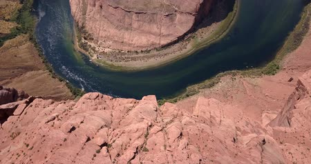 beygir gücü : Aerial view of the horseshoe Bend which is a famous meander on river Colorado near the town of Page. Arizona, USA.