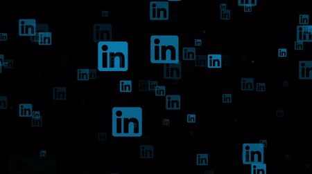 общаться : LONDON, UK - February 26th 2019: Linkedin socialmedia logo fly through animation