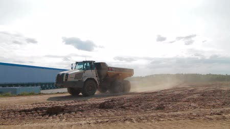 buldozer : Russia, Moscow - 2016: Dump Truck on construction site