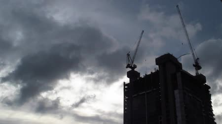 site : crane and building in under construction Stock Footage