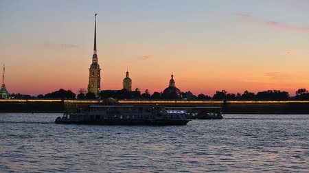 defin : Neva navigation, Peter-Pavels Fortress in the dawn