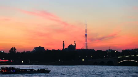 transmitting : Silhouette of Saint-Petersburg Cathedral Mosque and television tower