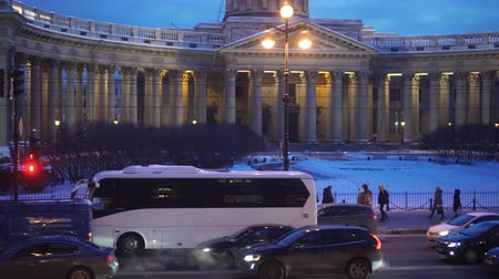 nevsky : View of Kazansky Cathedral on Nevsky Prospekt. Winter evening Stock Footage