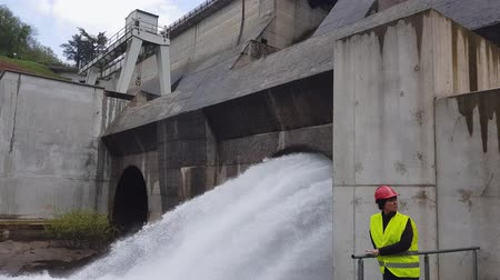perçin : Monitoring of hydroelectric turbines.