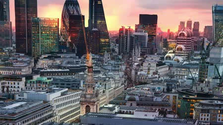 londra : London, sunset. City of London view,  business and banking aria