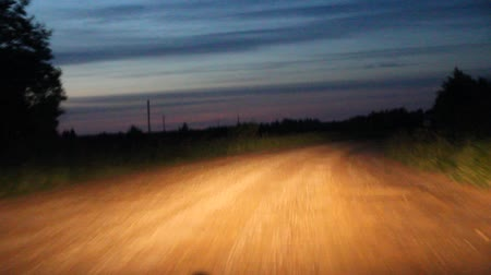 talaj : video night dirt road from a moving car