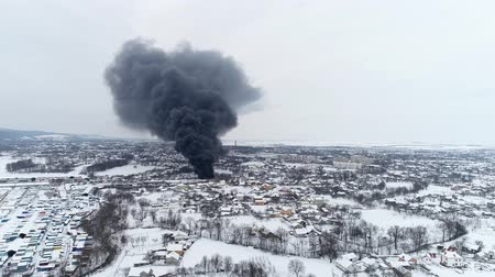 vehicle extrication : Market is on fire. Aerial view of fire and big cloud of smoke Stock Footage