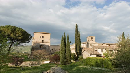 ksiądz : The old village of Farfa in Sabina, in Lazio in Italy, resumed in time lapse in the afternoon. Wideo