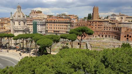 caesar : Via dei Fori Imperiali seen from the Vittoriano. Rome, Italy. The Imperial street. Stock Footage