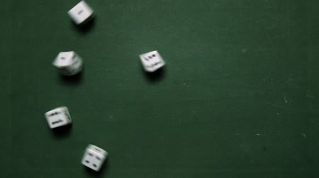 kombinasyon : Poker Dice rolling two pairs of one and six