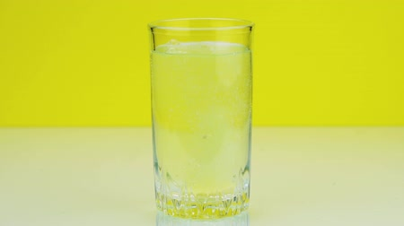 cold drinks : Close-up shot of An effervescent pill Stock Footage