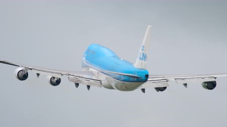 ams : KLM Boeing 747 take-off