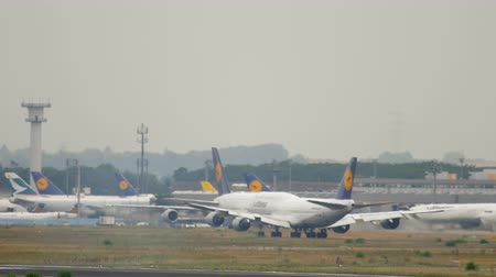lufthansa : Boeing 747 take-off from Frankfurt