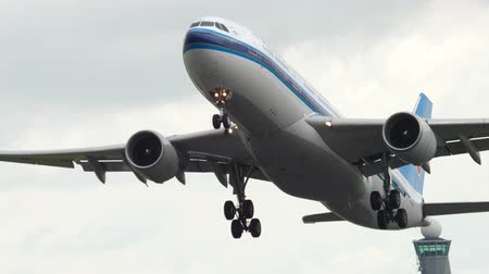 ams : China Southern Airbus 330 take-off