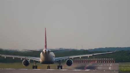 lowcost : Airplane accelerate before departure Stock Footage
