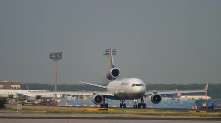 fraport : Lufthansa Cargo MD-11 before departure