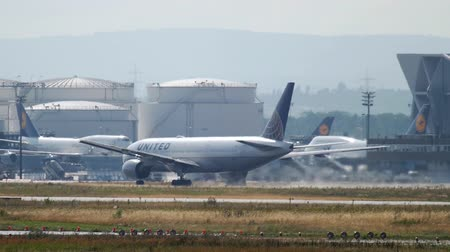 fraport : United Airlines Boeing 777 departure