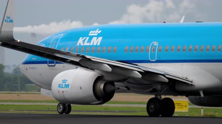 アムステルダム : KLM Boeing 737 accelerate before departure