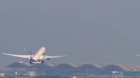 bilet : Boeing 777 departure from Hong Kong