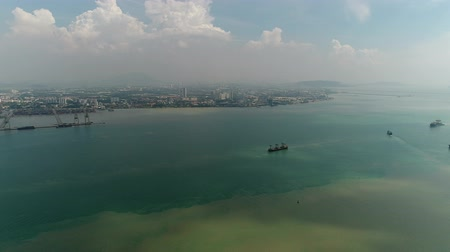 georgetown : Ships on the ocean at Penang port