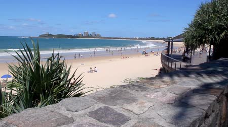 premier : MOOLOOLABA, AUSTRALIA - January 14 2014: Mooloolaba is an iconic beach tourist resort township on the Sunshine Coast of Queensland. It is 90 km north of Brisbane and is one of Queensland's premier national and international tourist destinations. Stock Footage