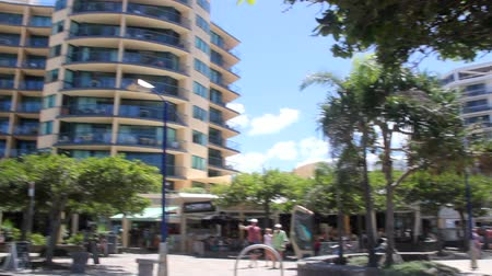 holiday makers : MOOLOOLABA, AUSTRALIA - January 14 2014: Mooloolaba is an iconic tourist resort township on the Sunshine Coast of Queensland. It is 90 km north of Brisbane and is one of Queensland's premier national and international tourist destinations.