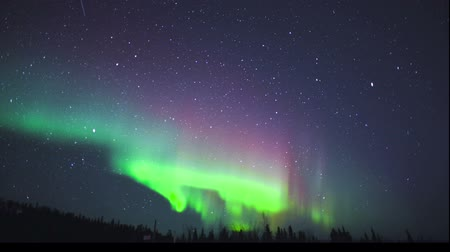 lumieres : Time lapse de Northern Lights