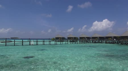 Мальдивы : Dolly video of maldives holiday resorts Стоковые видеозаписи