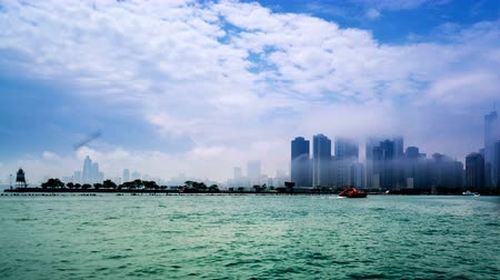 ミシガン州 : Navy Pier from Lake Michigan, Chicago, USA