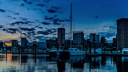 binnenstad : At sunset,the downtown and Inner Harbor, Baltimore. Timelapse.