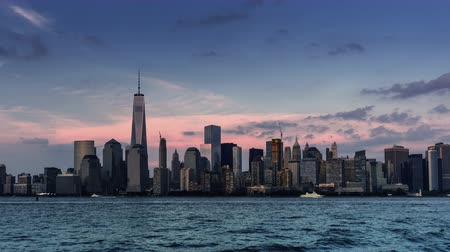 El hito de Manhattan: One World Trade Center, Nueva York, NY