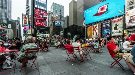 visitatori : Timelapse of the visitors on the Times Square in Manhattan, NYC, USA