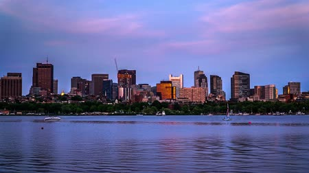 Бостон : Timelapse of yachts and modern buildings in Boston
