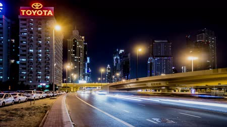 persiano : Timelapse of the traffic and modern buildings at downtown, Dubai, UAE Filmati Stock