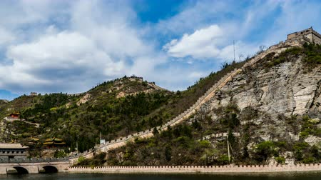 династия : Clouds floating over the Juyongguan Great Wall
