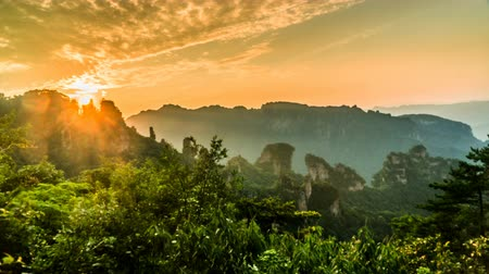 awatar : Timelapse of the sunrising in Zhangjiajie national park Wideo