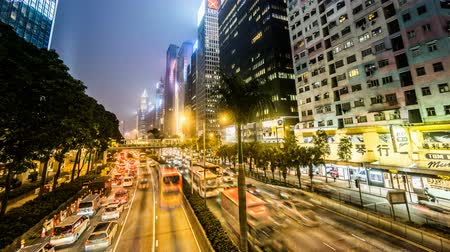 grande angular : Timelapse of the busy traffic at rush hour, Hong Kong, China
