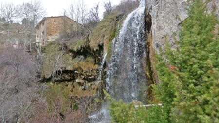 agua : Natural   waterfall at river  in winter. Cuenca, Spain