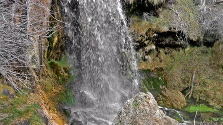 agua : Source of the river Cuervo. Cuenca