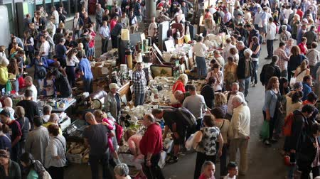 jumble : BARCELONA, SPAIN - OCTOBER 8, 2016: Top view of Flea market in Barcelona, Spain. Mercat Fira de Bellcaire is one of the oldest markets in Europe, has been known since the 14th century