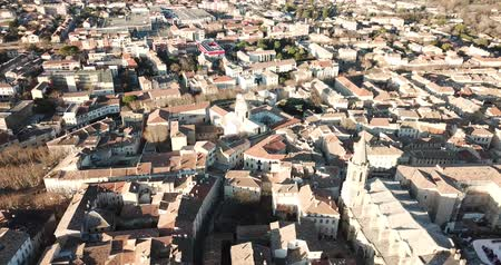 rendes : Aerial view of the french city of Carpentras. Provence, France Stock mozgókép