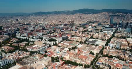 katalán : View from drone of Eixample in Barcelona at sunny summer day