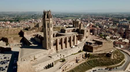 romanico : LLEIDA, SPAIN - JUNE 20, 2018: View from the cathedral Mary of La Seu Vella