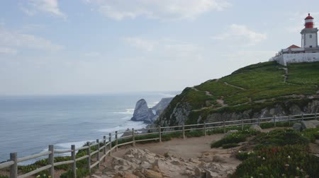 континентальный : Scenic view of Cabo da Roca (Cape Roca) Lighthouse - the westernmost extent of continental Europe, Portugal